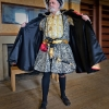 henry-viii-with-open-robe