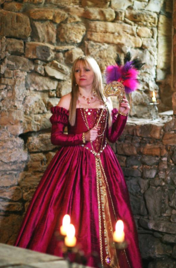 U0027La Reine Margotu0027 Gown   Julia Renaissance Costumes