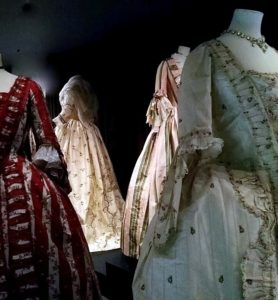 Bath costume exhibition