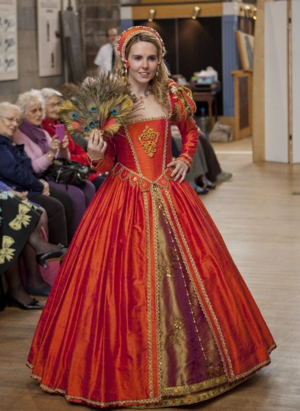 Highlights of Renaissance Fashion Show - Julia Renaissance