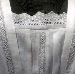 Detail of lace on Anna's Apron