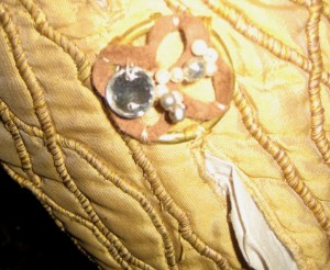 King Henry VIII Sleeve Button
